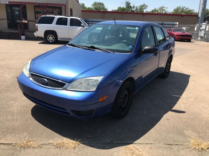Ford Focus 2005 price $2,995 Cash