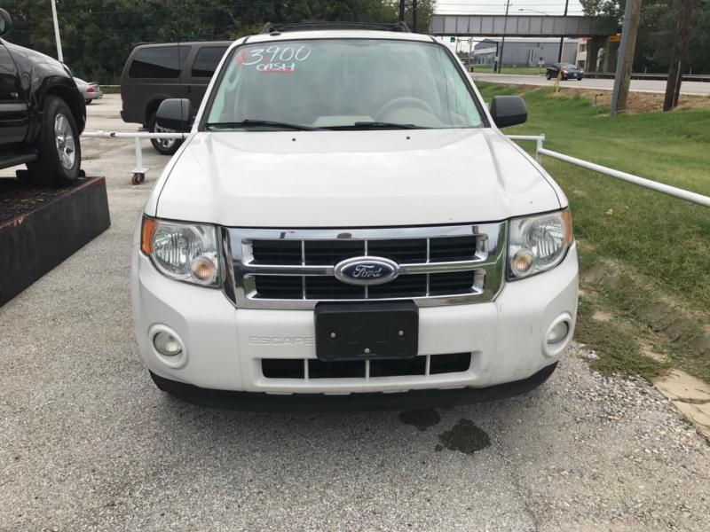Ford Escape 2012 price $3,900 Cash