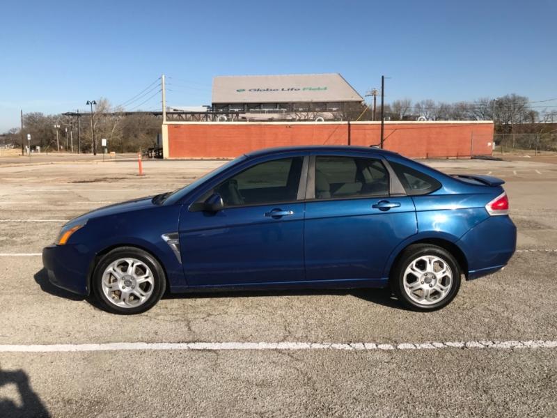 Ford Focus 2008 price $3,800 Cash