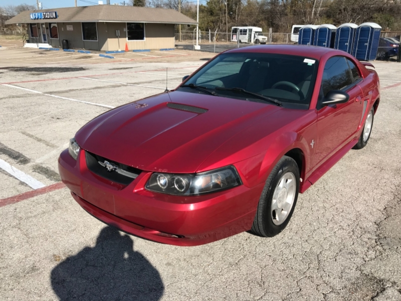 Ford Mustang 2001 price $3,200 Cash