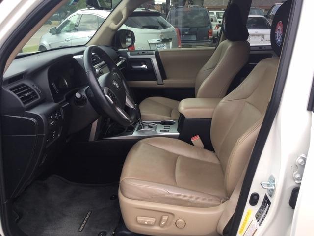 Toyota 4Runner 2016 price $30,696