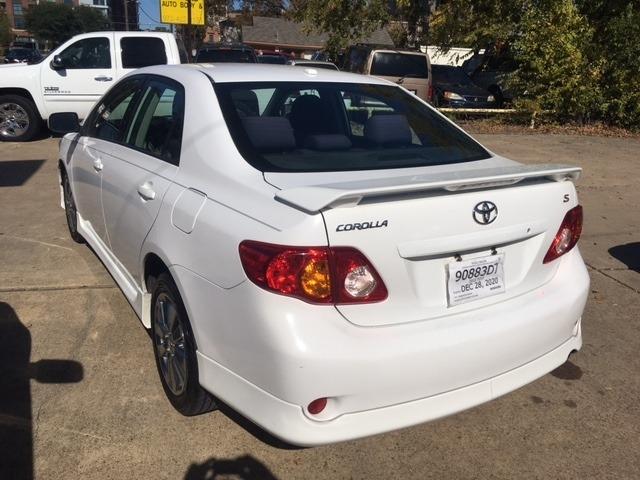 Toyota Corolla 2010 price $5,996