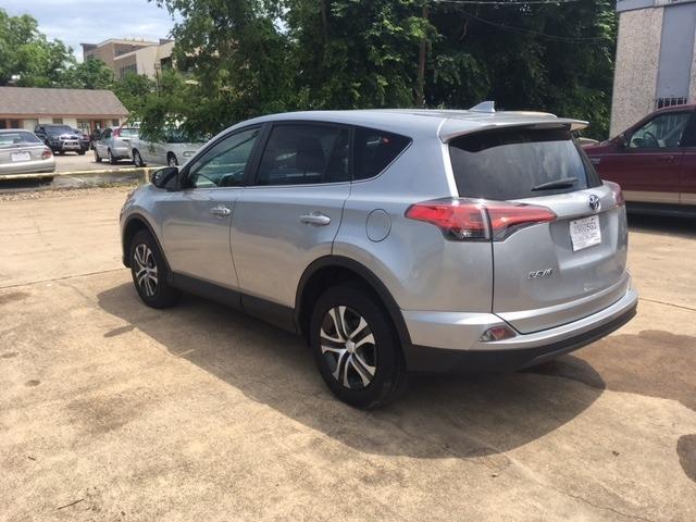 Toyota RAV4 2018 price $24,996