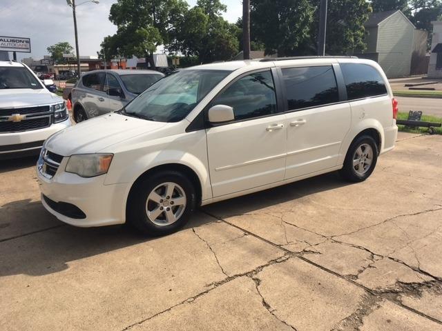 Dodge Grand Caravan 2012 price $8,696