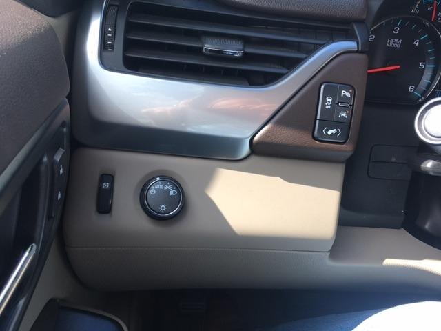 Chevrolet Tahoe 2018 price $49,296