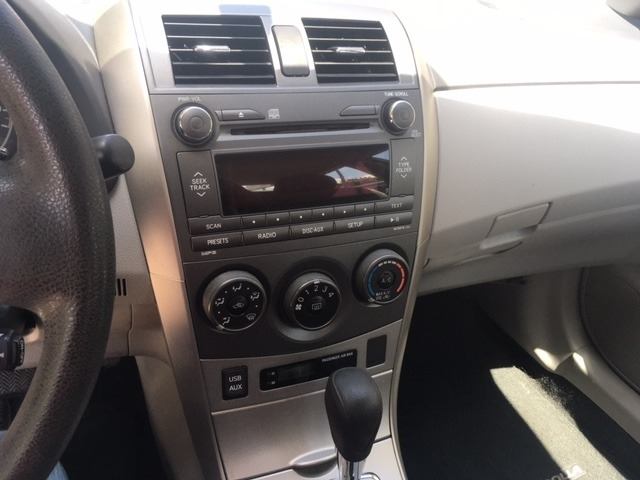 Toyota Corolla 2011 price $6,996