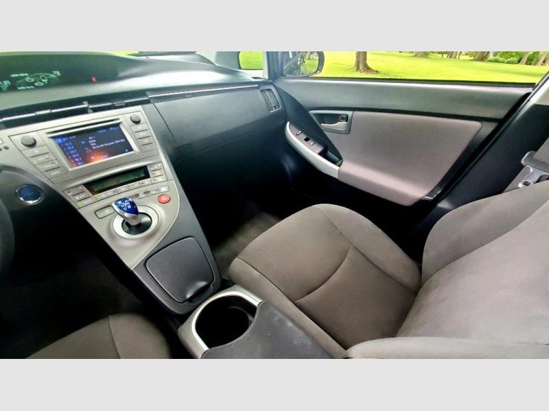 TOYOTA PRIUS 2012 price $7,780