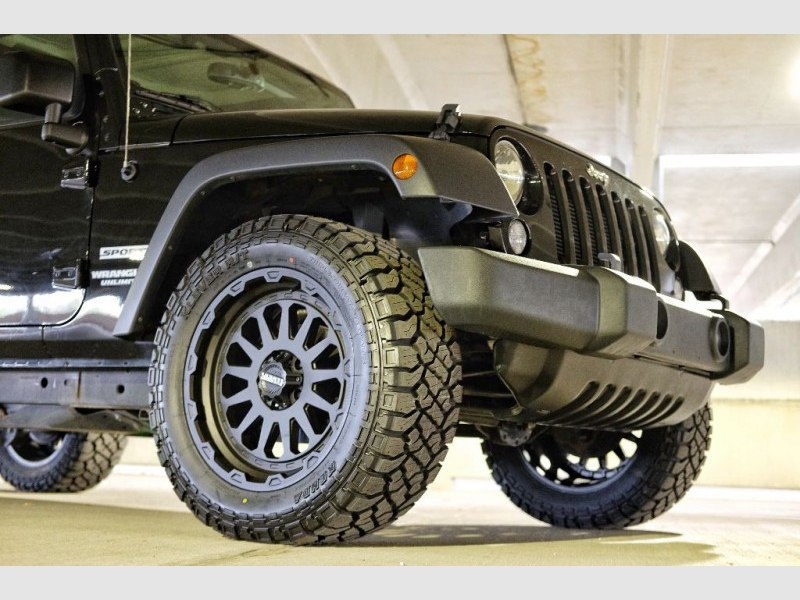 JEEP WRANGLER UNLIMI 2017 price $32,381