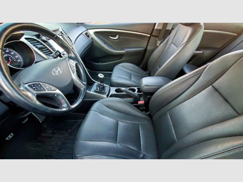 Hyundai Elantra 2013 price $8,275