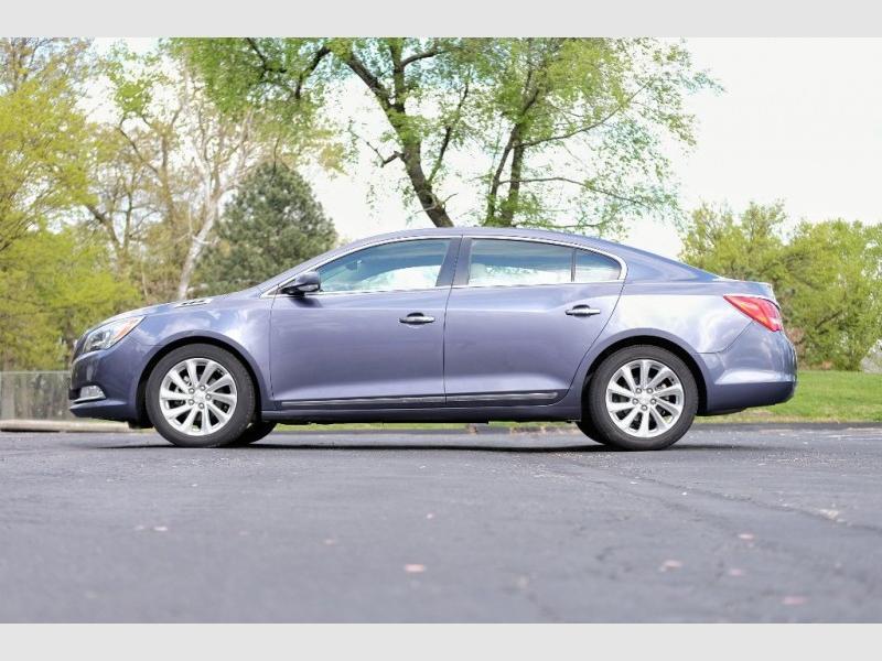 Buick LaCrosse 2015 price $13,540