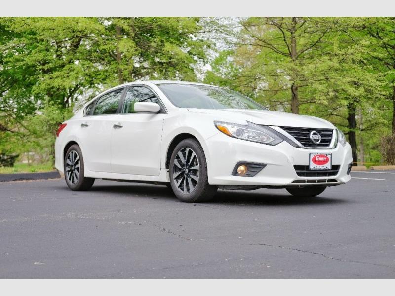 Nissan Altima 2018 price $16,756