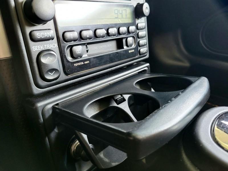 Toyota MR 2 2002 price $10,580
