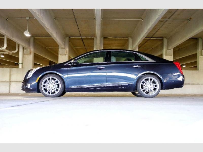 Cadillac XTS 2013 price $15,976