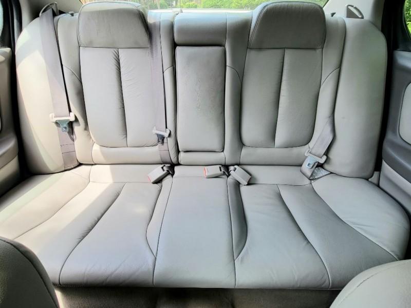 Nissan Maxima 2000 price $1,500 Down