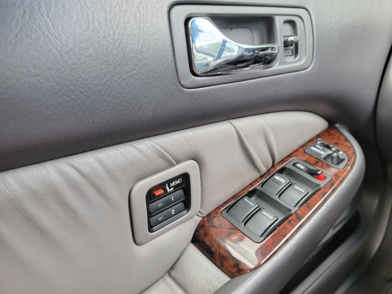 Acura RL 1998 price $1,500 Down