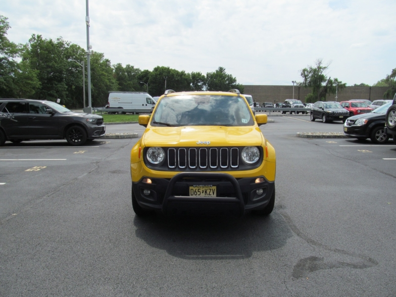 Jeep Renegade 2016 price $17,820