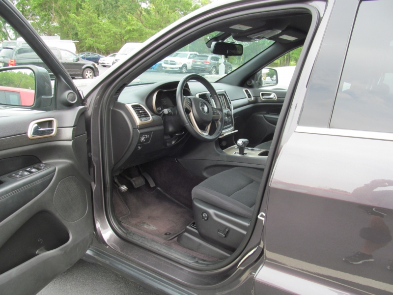 Jeep Grand Cherokee 2015 price $20,995