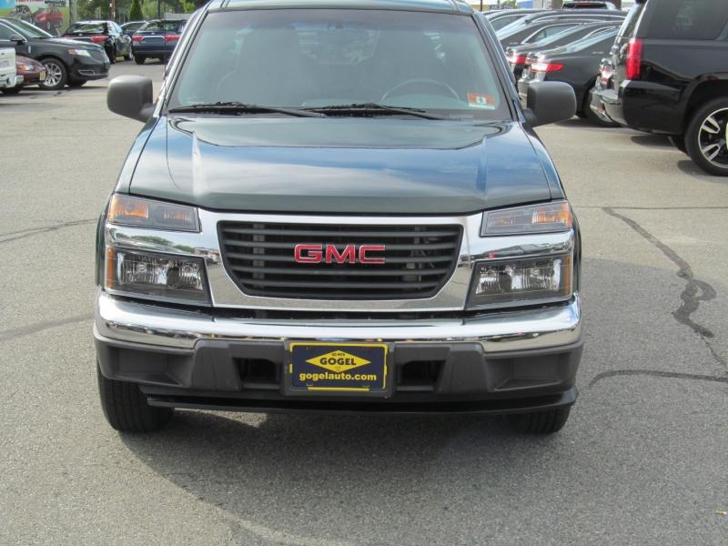 GMC Canyon 2004 price $8,995