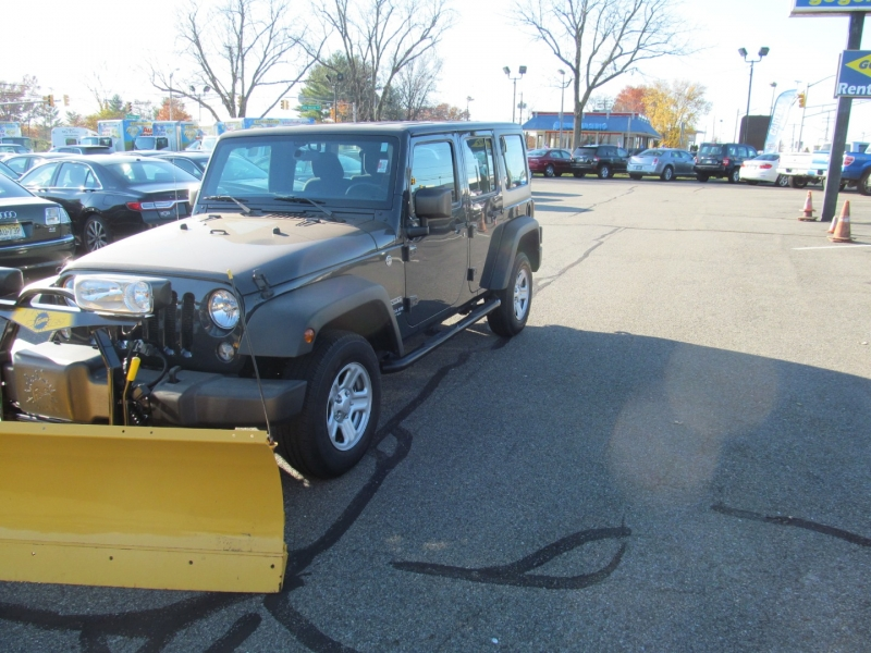 Jeep Wrangler Unlimited 2017 price $34,200