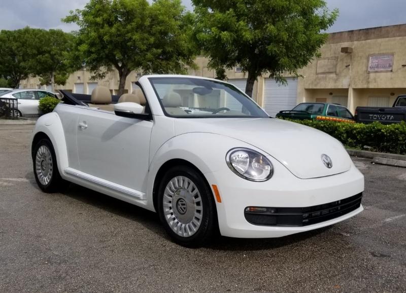 Volkswagen Beetle 2013 price $10,500 Cash