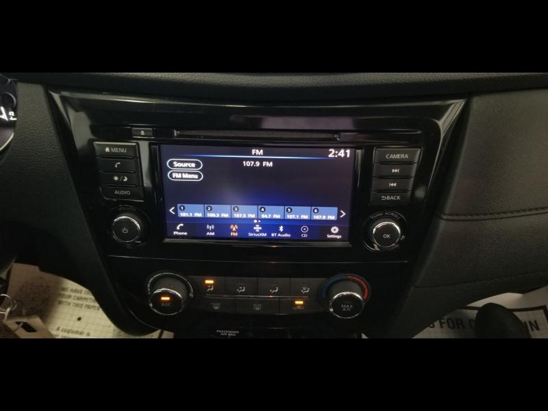 Nissan Rogue 2018 price $12,700 Cash
