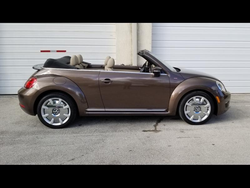 Volkswagen Beetle Convertible 2014 price $10,900 Cash