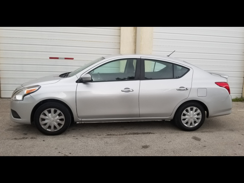 Nissan Versa 2017 price $6,200 Cash