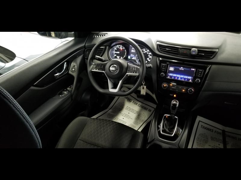 Nissan Rogue 2018 price $14,900 Cash
