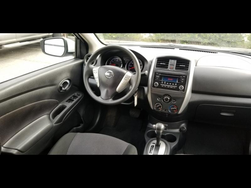 Nissan Versa 2017 price $8,500 Cash