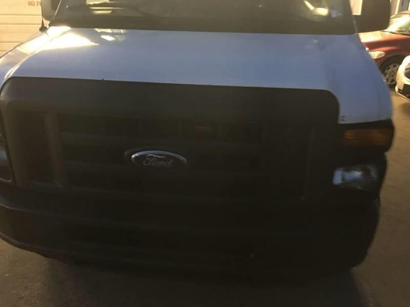 Ford E-Series Cargo 2011 price $5,500
