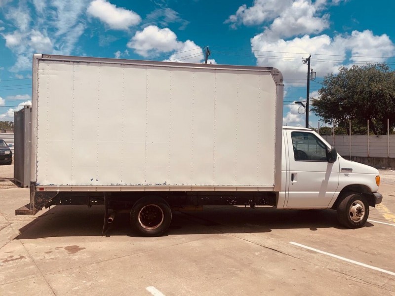 Ford E-Series Chassis 2007 price $7,995