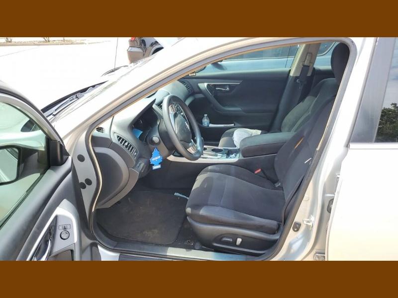 Nissan Altima 2013 price $7,500
