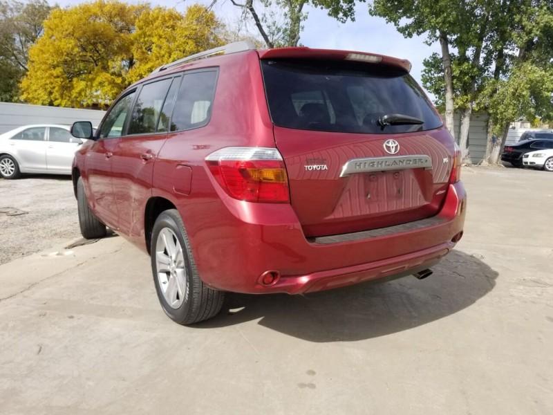 Toyota Highlander 2008 price $7,000