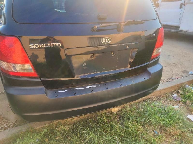 Kia Sorento 2005 price $7,500