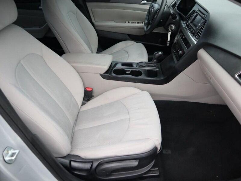 Hyundai Sonata 2015 price $9,994