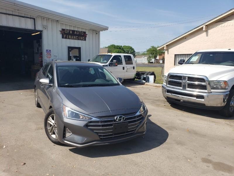 Hyundai Elantra 2020 price $24,995