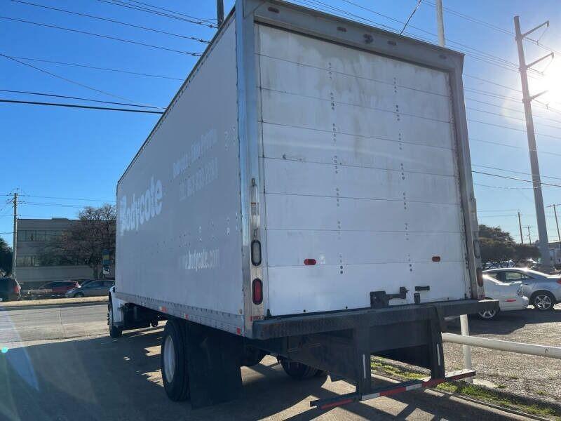 Freightliner M2 106 2014 price $41,888