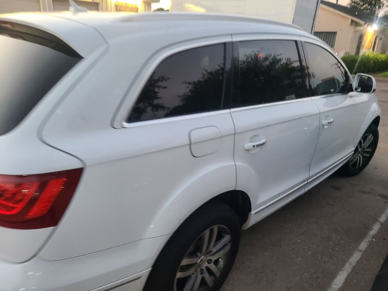 Audi Q7 2011 price $14,885