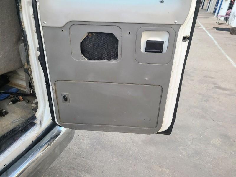 Ford E-Series Wagon 2013 price $22,995