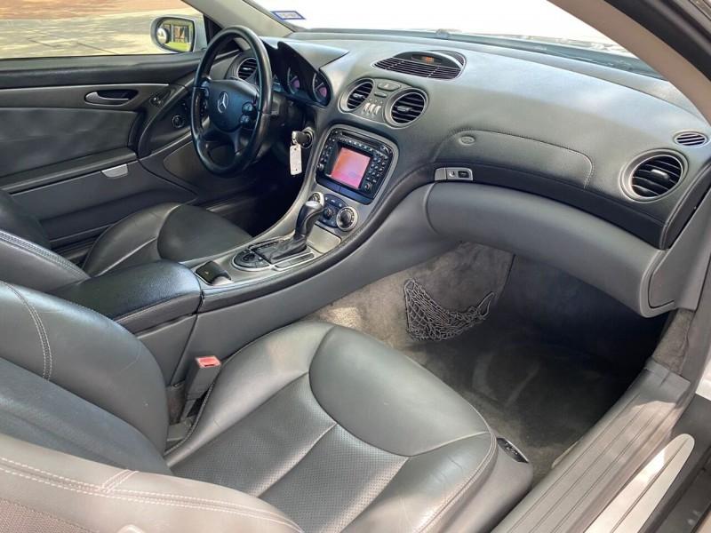 Mercedes-Benz SL-Class 2004 price $8,995