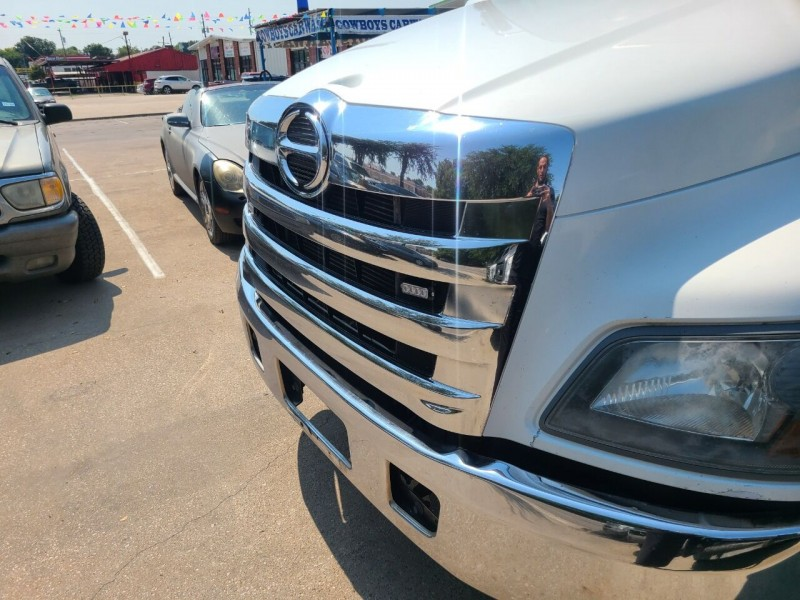 Hino 258A 2017 price $72,000