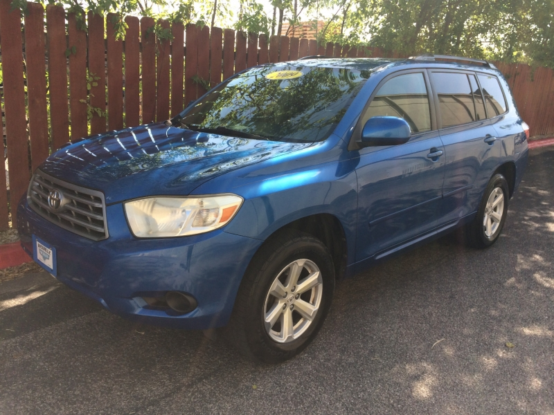 Toyota Highlander 2009 price $8,895 Cash