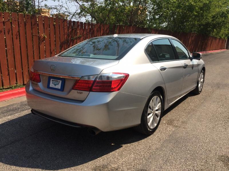 Honda Accord Sdn 2013 price $12,565 Cash