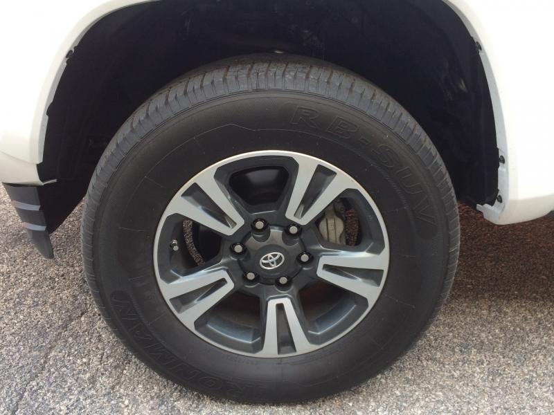Toyota Tacoma 4WD 2019 price $38,675 Cash