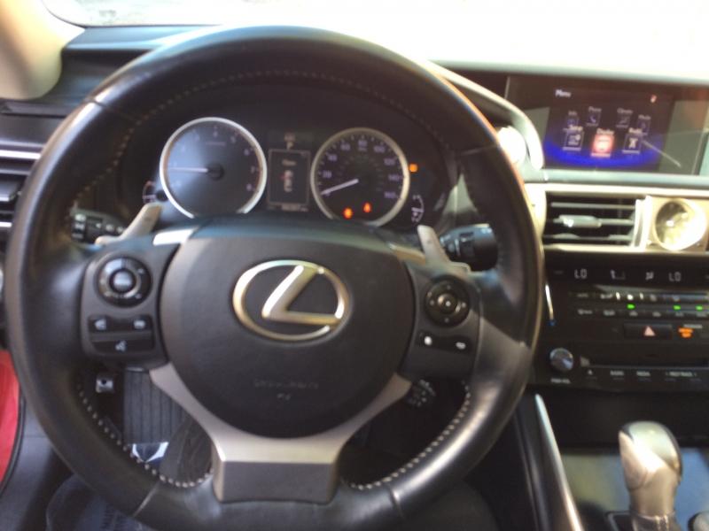 Lexus IS 250 2014 price $18,695