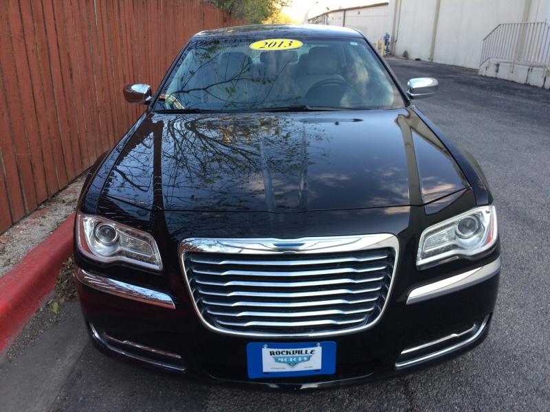 Chrysler 300 2013 price $11,985 Cash