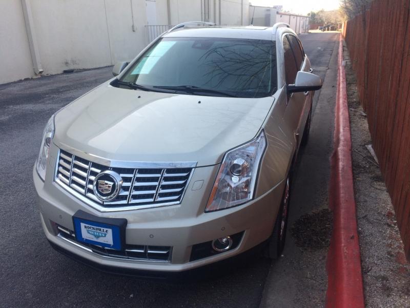 Cadillac SRX 2013 price $15,925 Cash