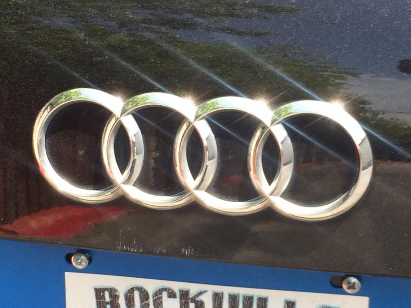 Audi Q7 2013 price $18,875 Cash
