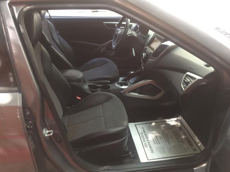 Hyundai Veloster 2013 price $13,750 Cash