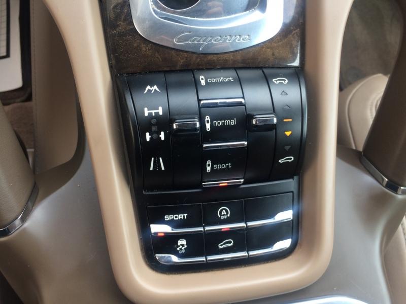 Porsche Cayenne 2013 price $25,475 Cash
